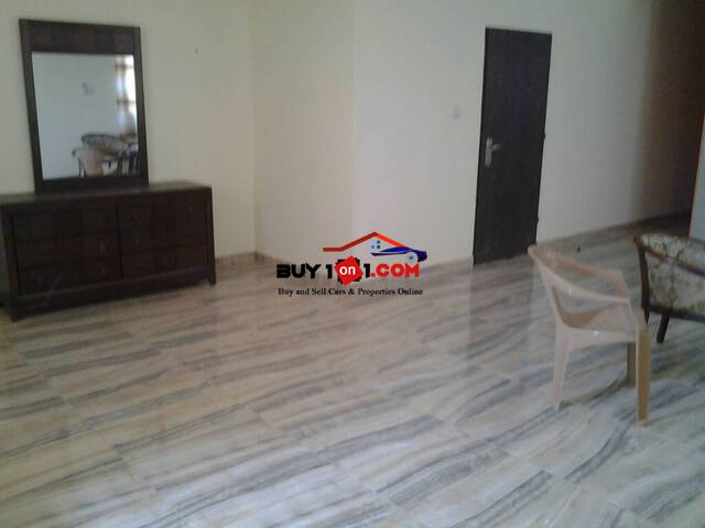 6BEDROOM HOUSE FOR SALE                               R61
