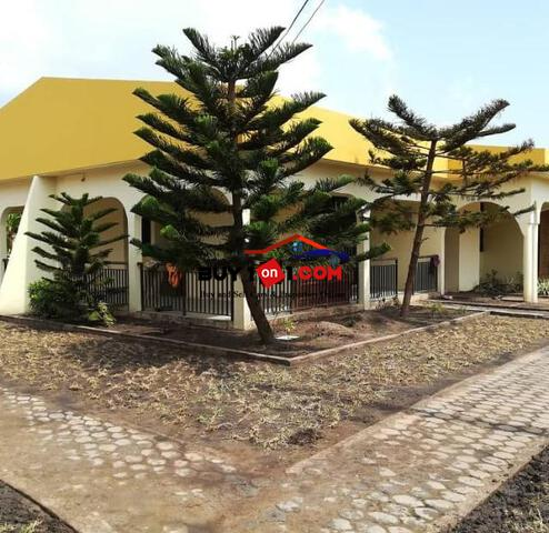 Exclusive 5bedroom Self Compound house 4rent at Spintex .  RE1351