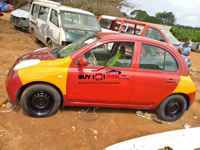 Nissan Micra                                                          RE3011